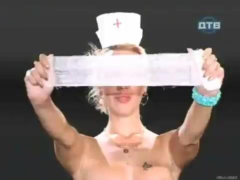 golie-nyu-devushki